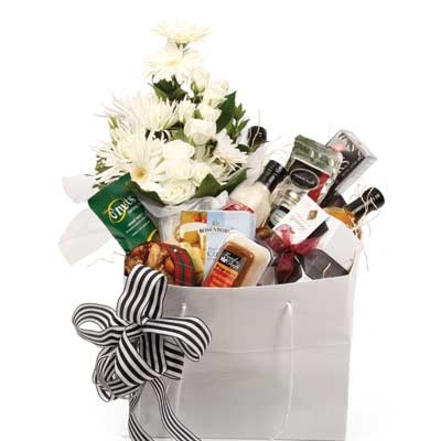 Called: Luxury Gourmet Flowers. Description: An ideal gift to indulge that special someone.