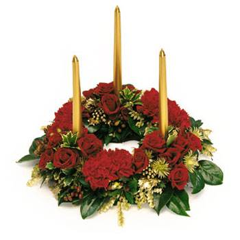 Called: Christmas Centerpiece. Description: Perfect for every Christmas table
